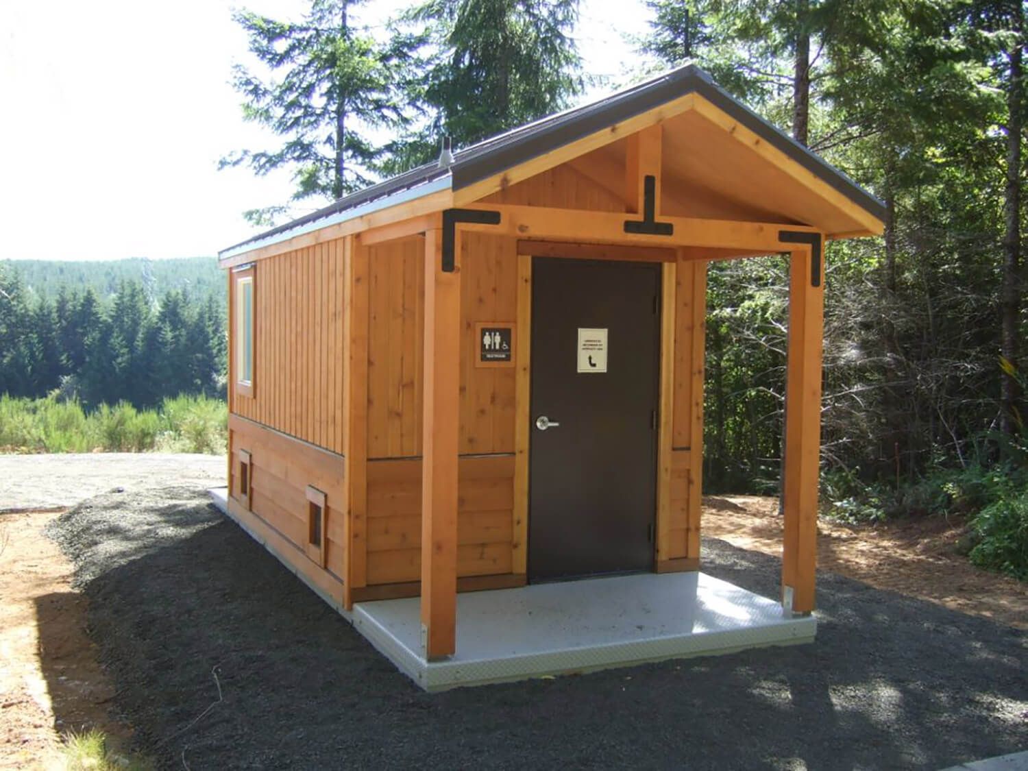 Salish Cliffs Restroom modular building