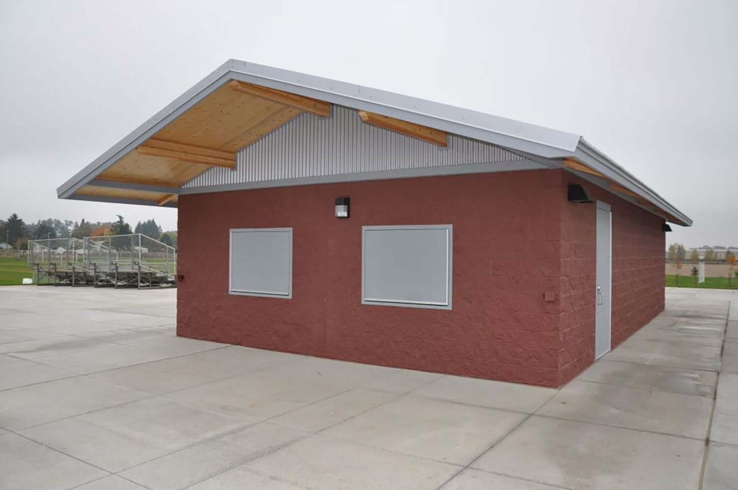 Silver Falls SD Athletic Concession modular building